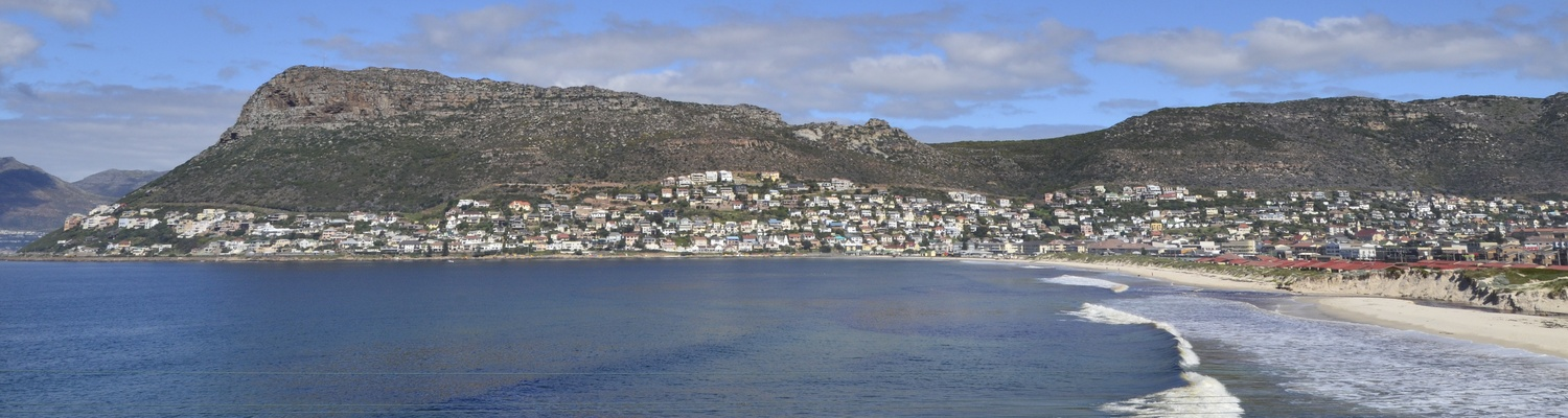Fish Hoek Beach,things to do in fish hoek,fish hoek cape town,cape town accommodation,holiday accommodation south africa,accommodation cape town,fish hoek,fish hoek beach,fishhoek,accommodation in fish hoek
