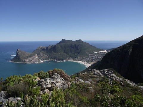 Stunning hiking trails around the South Peninsula - View of Hout Bay