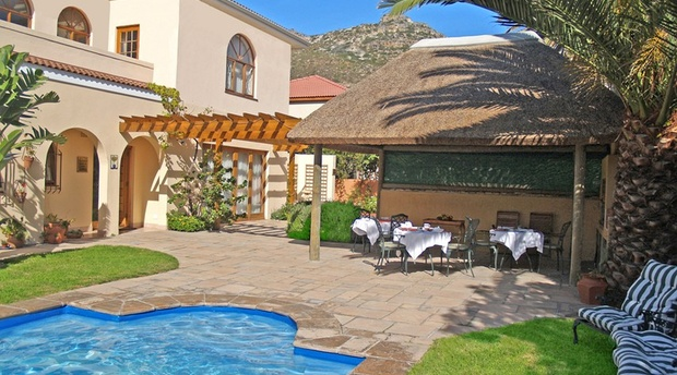 A Tuscan Villa Guest House (Bed and Breakfast) - Fish Hoek